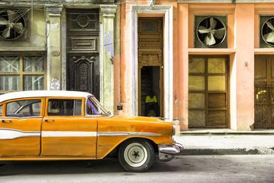 Cuba Fuerte Collection - Old Classic American Orange Car