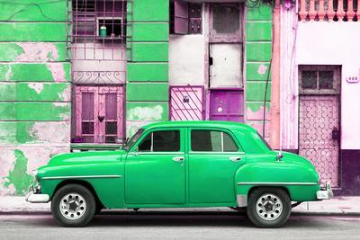 Cuba Fuerte Collection - Green Classic American Car