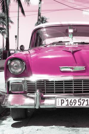 Cuba Fuerte Collection - Pink Chevy Classic Car