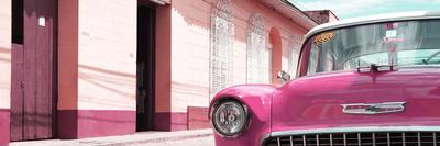 Cuba Fuerte Collection Panoramic - 1955 Chevy Pink Car
