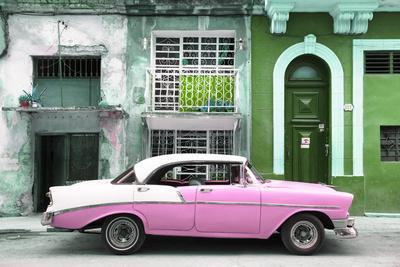 Cuba Fuerte Collection - Pink Classic Car in Havana