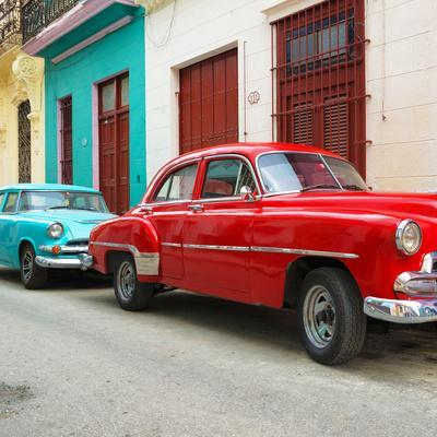 Cuba Fuerte Collection SQ - Two Classic Red and Turquoise Cars