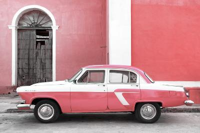 Cuba Fuerte Collection - American Classic Car White and Pink