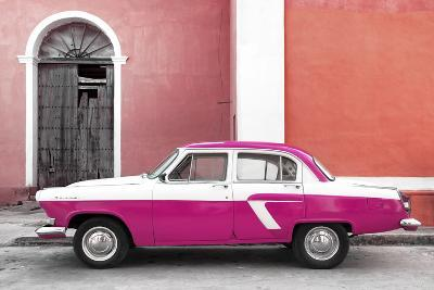Cuba Fuerte Collection - American Classic Car White and Dark Pink