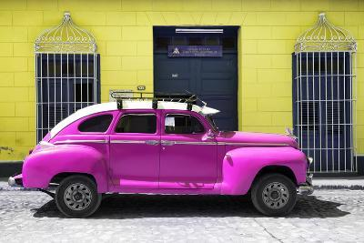 Cuba Fuerte Collection - Deep Pink Vintage Car