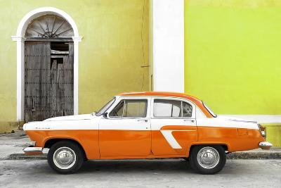 Cuba Fuerte Collection - American Classic Car White and Orange
