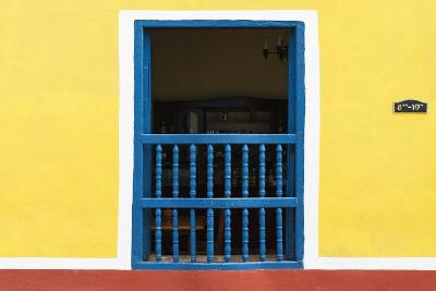 Cuba Fuerte Collection - Colorful Window