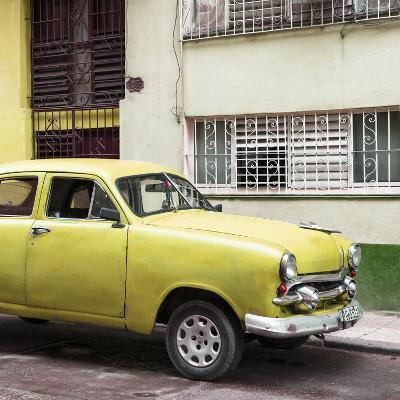 Cuba Fuerte Collection SQ - Old Yellow Car in the Streets of Havana