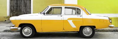 Cuba Fuerte Collection Panoramic - American Classic Car White and Yellow