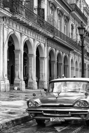 Cuba Fuerte Collection B&W - Vintage Car in Havana IX