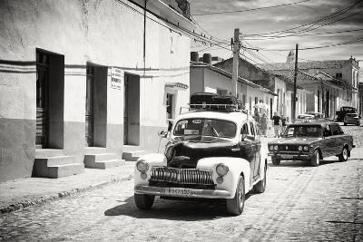 Cuba Fuerte Collection B&W - Classic Cars Taxis