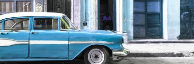 Cuba Fuerte Collection Panoramic - Old Classic American Blue Car