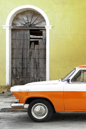 Cuba Fuerte Collection - Close-up of American Classic Car White and Orange