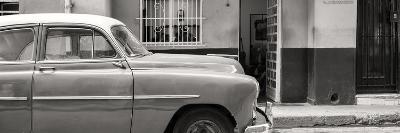 Cuba Fuerte Collection Panoramic BW - Vintage Car of Havana
