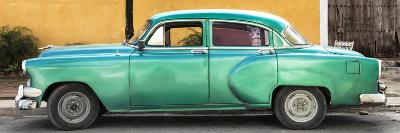 Cuba Fuerte Collection Panoramic - Beautiful Retro Green Car