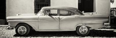 Cuba Fuerte Collection Panoramic BW - Old American Classic Car III