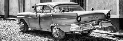 Cuba Fuerte Collection Panoramic BW - Old American Classic Car II