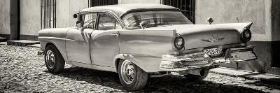 Cuba Fuerte Collection Panoramic BW - Old American Classic Car
