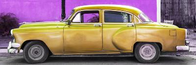 Cuba Fuerte Collection Panoramic - Beautiful Retro Golden Car