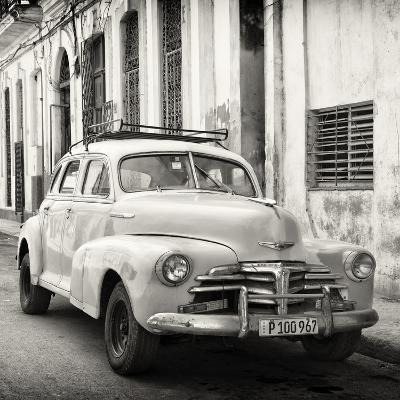Cuba Fuerte Collection SQ BW - Old Chevrolet in Havana