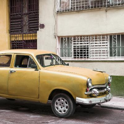 Cuba Fuerte Collection SQ - Old Orange Car in the Streets of Havana