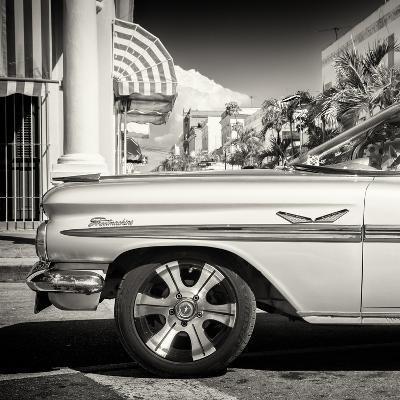 Cuba Fuerte Collection SQ BW - Vintage Car