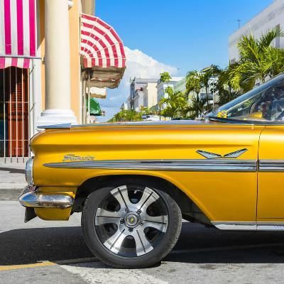 Cuba Fuerte Collection SQ - Vintage Yellow Car