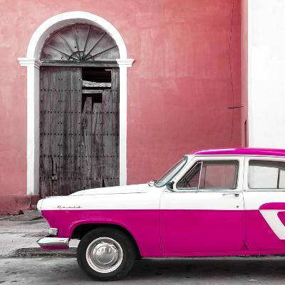 Cuba Fuerte Collection SQ - American Classic Car White and Dark Pink