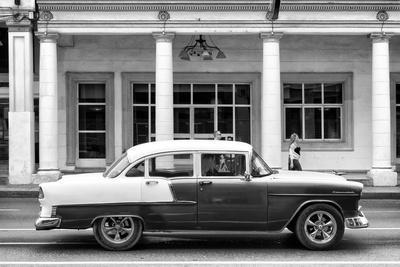Cuba Fuerte Collection B&W - Chevrolet Sunday Walk