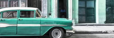 Cuba Fuerte Collection Panoramic - Old Classic American Green Car