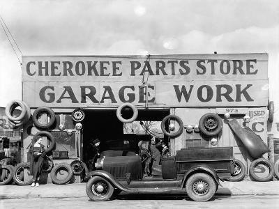 Auto parts shop. Atlanta, Georgia, 1936