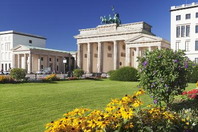 Brandenburger Tor (Brandenburg Gate), Pariser Platz Square, Berlin Mitte, Berlin, Germany, Europe