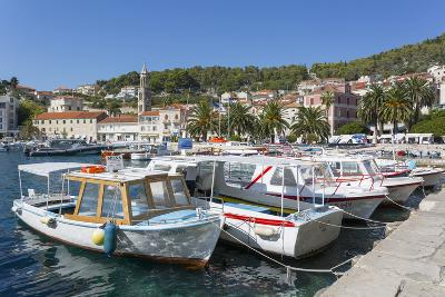 Hvar Harbour, Hvar Island, Dalmatia, Croatia, Europe