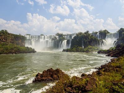 View of the Iguazu Falls, UNESCO World Heritage Site, Puerto Iguazu, Misiones, Argentina, South Ame