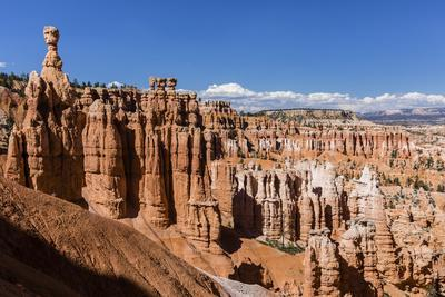 View of Thor's Hammer from the Navajo Loop Trail in Bryce Canyon National Park, Utah, United States