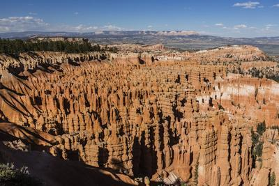 View of The Amphitheater from the Navajo Loop Trail in Bryce Canyon National Park, Utah, United Sta