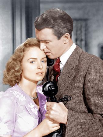 It's a Wonderful Life, L-R: Donna Reed, James Stewart, 1946
