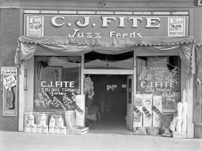 Feed store front, Alabama, 1936