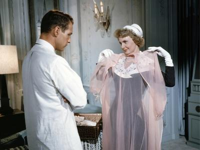 RALLY' ROUND THE FLAG, BOYS !, 1959 directed by LEO McCAREY Paul Newman and Joanne Woodward (photo)