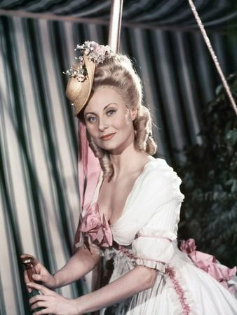 MARIE-ANTOINETTE, 1955 directed by JEAN DELANNOY Michele Morgan (photo)