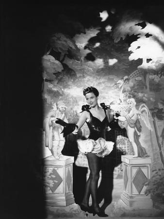 LE JOUR SE LEVE, 1939 directed by MARCEL CARNE Arletty (b/w photo)
