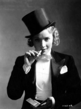 MOROCCO, 1930 directed by JOSEF VON STERNBERG Marlene Dietrich (b/w photo)
