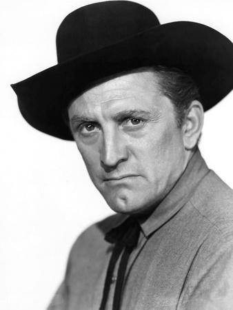 Le Dernier Train by Gun Hill LAST TRAIN FROM GUN HILL by John Sturges with Kirk Douglas, 1959 (b/w