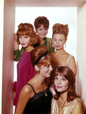 LES PARISIENNES, 1962 directed by MICHEL BOISROND, MARC ALLEGRET, Dany Saval, Francoise Arnoul, Dan