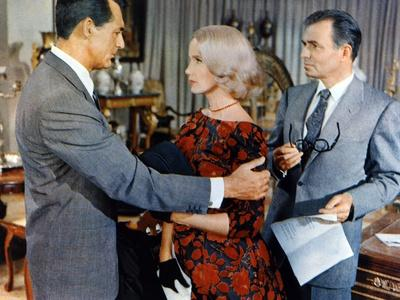 NORTH BY NORTHWEST, 1959 directed by ALFRED HITCHCOCK Cary Grant, Eva Marie Saint and James Mason (