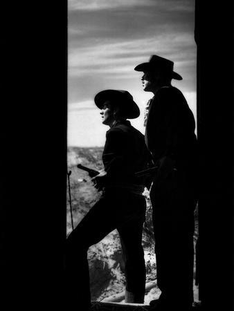MY DARLING CLEMENTINE, 1946 directed by JOHN FORD Victor Mature and Ward Bond (b/w photo)