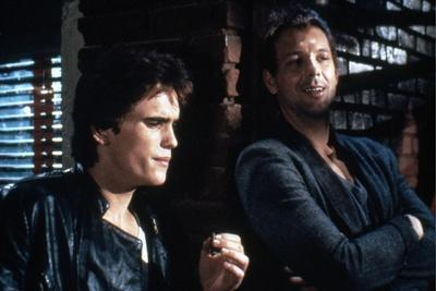 RUMBLE FISH, 1983 directed by FRANCIS FORD COPPOLA Matt Dillon and Mickey Rourke (photo)