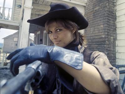 LES PETROLEUSE, 1971 directed by CHRISTIAN-JAQUE Claudia Cardinale (photo)
