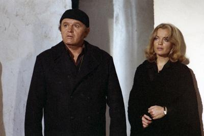 LES INNOCENTS AUX MAINS SALES, 1974 directed by CLAUDE CHABROL Rod Steiger and Romy Schneider (phot