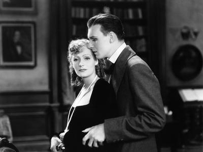 ROMANCE, 1930 directed by CLARENCE BROWN Greta Garbo / Gavin Gordon (b/w photo)